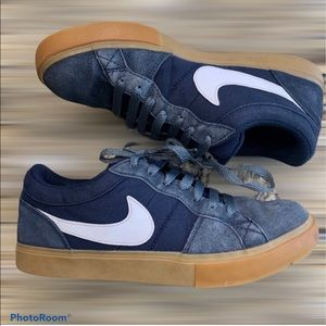 NIKE ISOLATE Skateboard Shoes Sneakers
